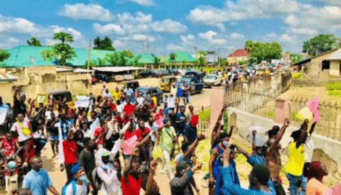 Two Secondary school students killed many injured during a protest in Taraba