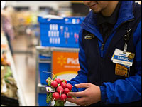 grocery delivery - The rivalry between Walmart and the Amazon turns into a food fight