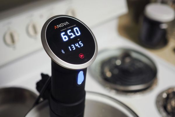 sous-vide-gear-anova-precision-cooker-fullres-_preview.jpeg