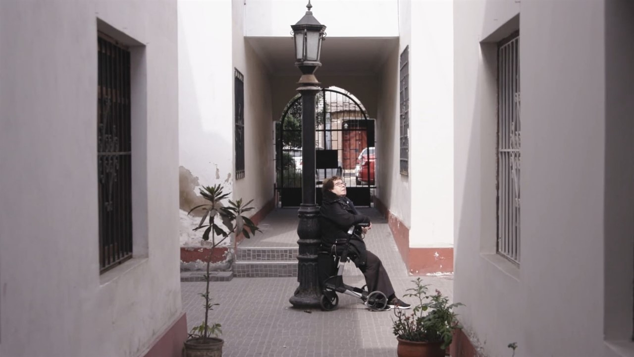 Hot Docs review - No Hay Camino by Heddy Honigmann | Business Doc Europe