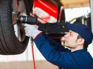 出售汽车车库在阿联酋迪拜的拉斯·阿尔·科尔