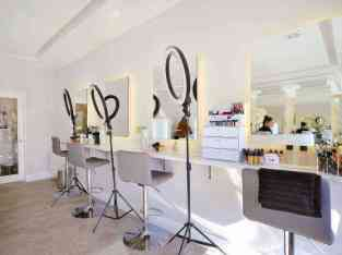 Premium Ladies Salon in 5* Hotel Sheikh Zayed Road Dubai Available for sale