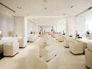 Се продава центар за убавина за жени во Дубаи