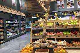 두바이에서 판매되는 야채와 과일 가게