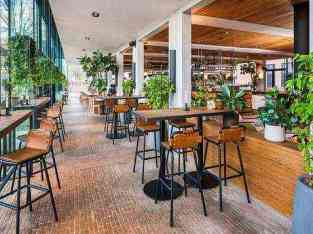 Cafe with Restaurant for sale in Dubai