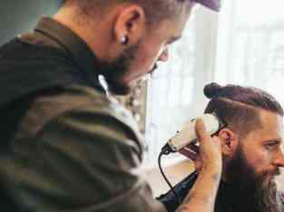 Gents Salon For Lease in Dubai Marina