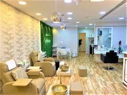 Waxay ku taallaa Dubai Marina Beauty salon for sale