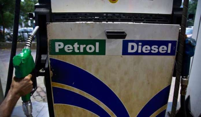 Fuel Price hike: Petrol up 35p/ltr for 2nd straight day in