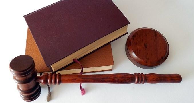 hiring business lawyer