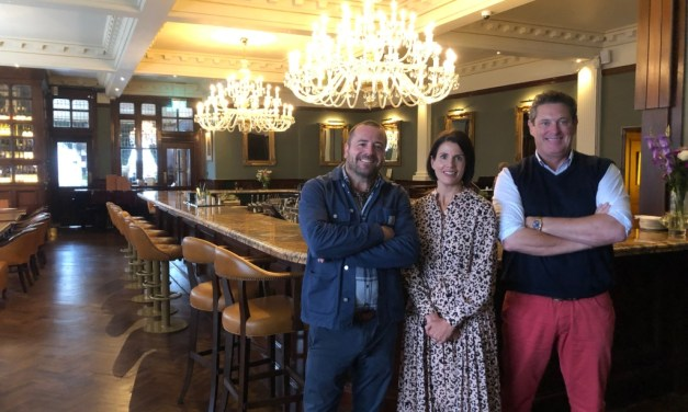 Cheers as new bar and restaurant opens its doors in Newcastle