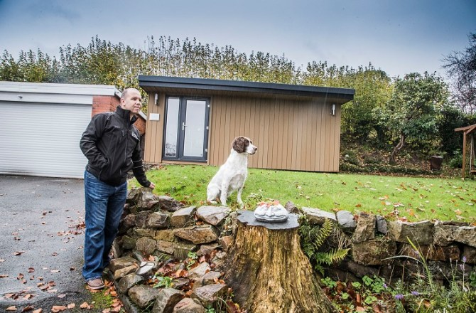 Award-Winning Flintshire-Based Pet Photographer Expands Company