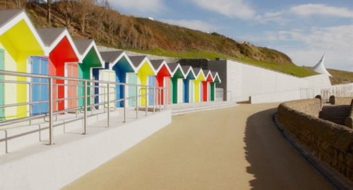 Early Summer Sun Gives Welsh Tourism Industry a Boost