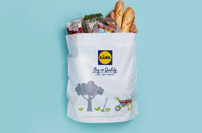 Lidl to Trial Removal of 9p Plastic Bags in Wales