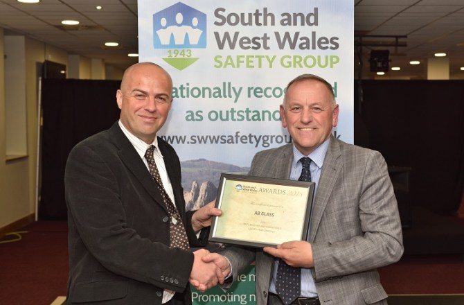 Swansea Based AB Glass Awarded for Safety Performance