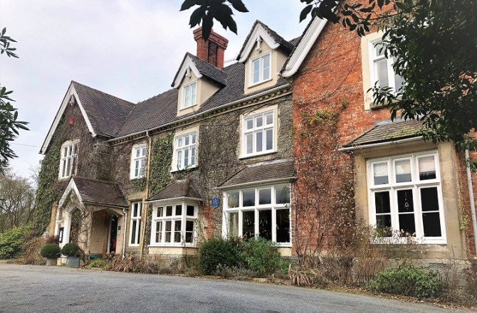 Guests Loved Mid Wales Hotel so Much, They Bought It