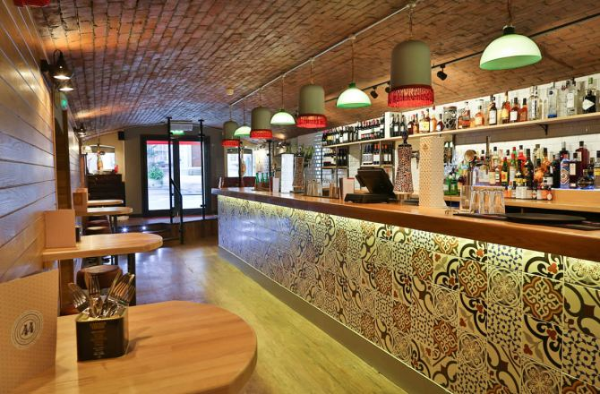 Award-Winning Bar 44 Announces Appointment of New Director