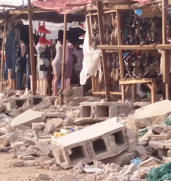 Ambode Shuts Down Plank Market in Oko-Baba
