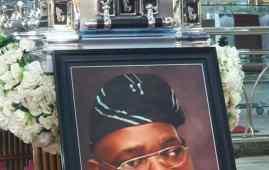 Chief Awe Olubiyi