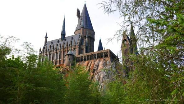 tips on visiting wizarding world of harry potter orlando - hogwarts castle