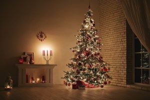 decorating house for christmas on a budget