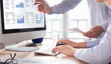 internet business consultant