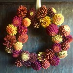 Make A Beautiful Autumn Wreath Out Of Pinecones