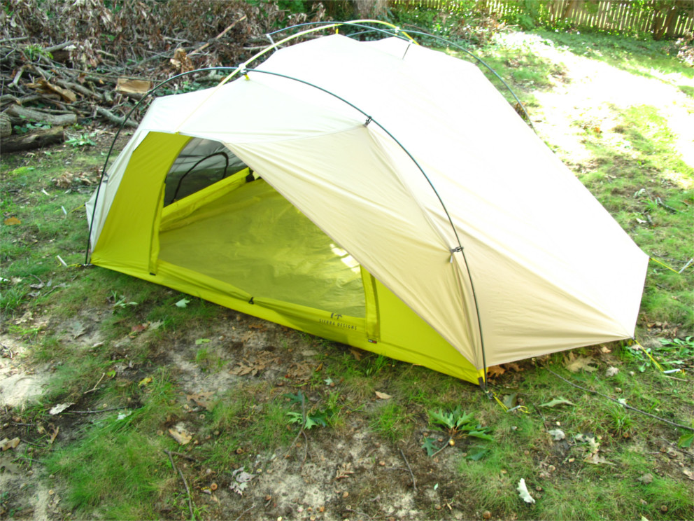 We would also like to make a note here that the first night we stayed in the Flash 3 UL we brought the dog. Heu0027s got a good brain on him which ... & Sierra Designs Flash 3 UL - Gear Review | Busted Wallet