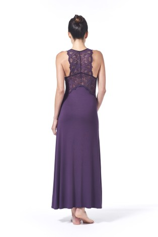 This gown features a beautiful lace back detail that makes for a very elegant piece.