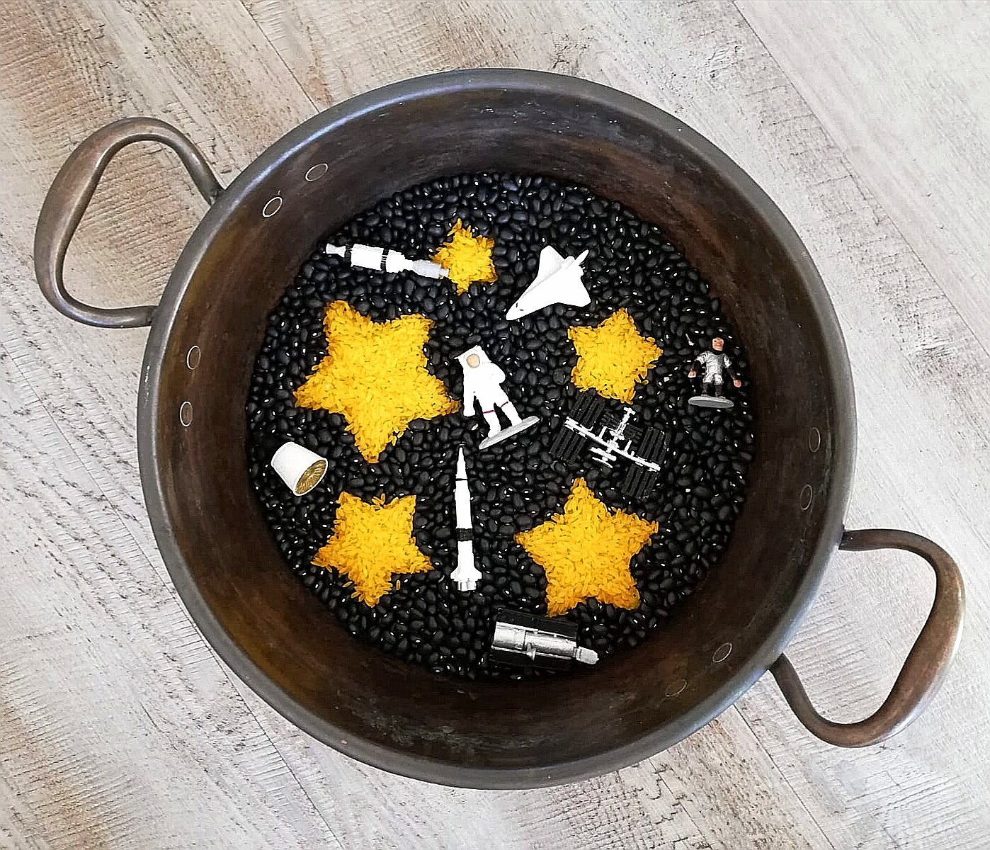 eyfs - toddler - preschool - pre-k - sensory play- messy play - rice play - small world - playscape - playscene - learning through play - play matters - space - spaceman - astronaut- solar system - moon - planets