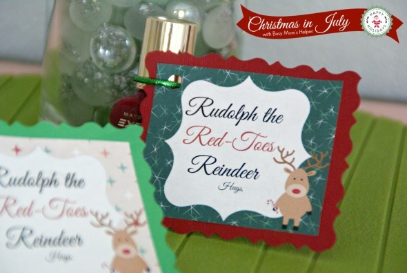 Rudolph The Red Toes Reindeer Gift / by Busy Mom's Helper #ChristmasinJuly #FreePrintable #Gift