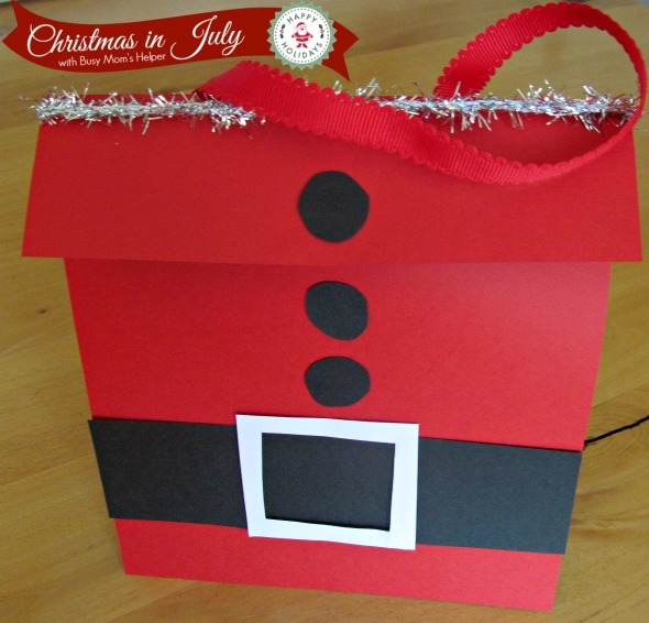 Super Easy Santa Bag / by Busy Mom's Helper #ChristmasinJuly #GiftBag #Santa #Christmas