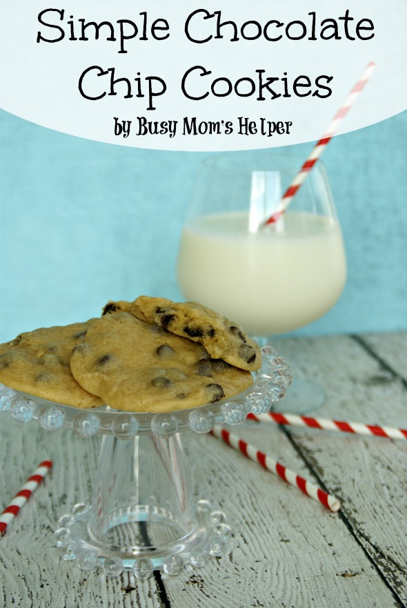 Simple Chocolate Chip Cookies / by Busy Mom's Helper #cookies #chocolatechip #dessert
