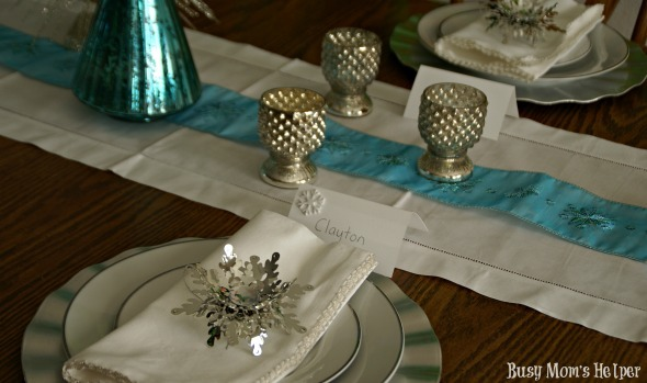 Easy Entertaining with Sparkle & Dine / by Busy Mom's Helper #sponsored #decor