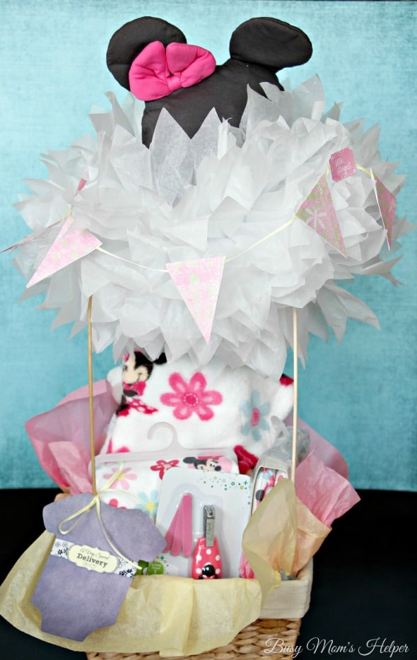 Hot Air Balloon Baby Gift with Free Printable Tags / by Busy Mom's Helper / #MagicBabyMoments #shop