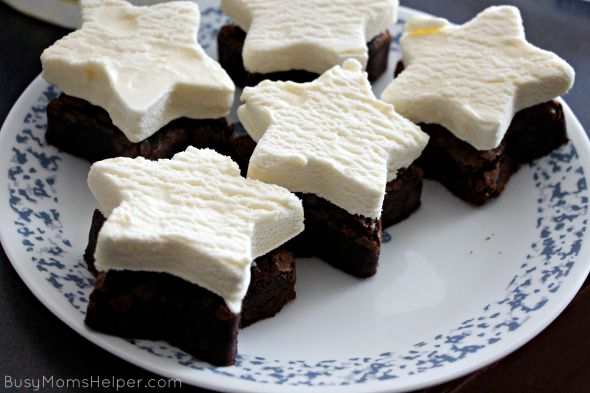 Frozen S'mores Brownies / by Busy Mom's Helper