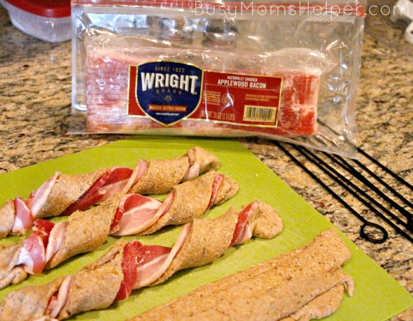 Spicy Bacon Breadsticks / by BusyMomsHelper.com #BaconDoneWright #ad