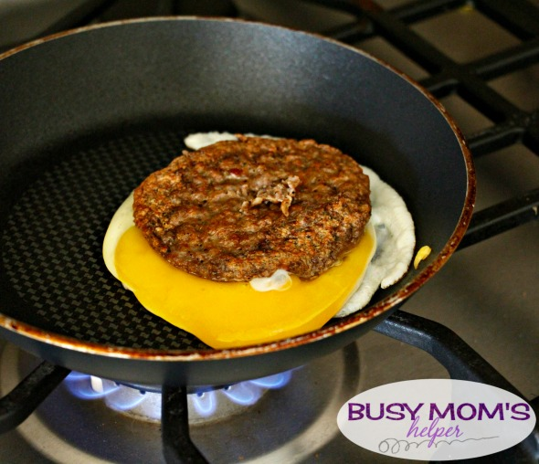 Sausage Egg Surprise / by BusyMomsHelper.com / easy breakfast recipe