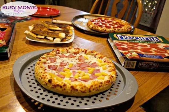 Sweet 'N Spicy Breadsticks #ad #FreschettaFresh @Walmart @Freschetta