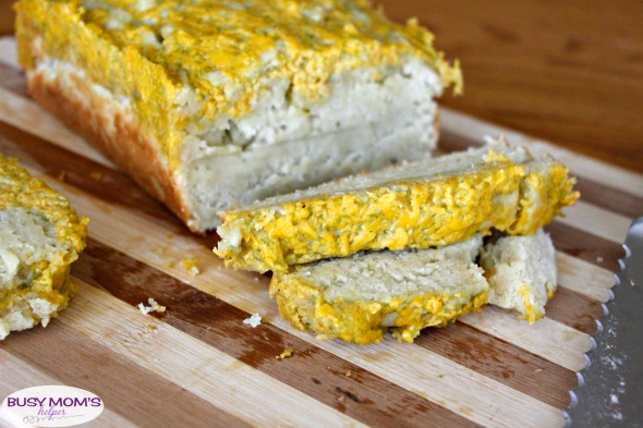 Habanero Cheesy Bread #ad #KingofFlavor #FieldToBottle