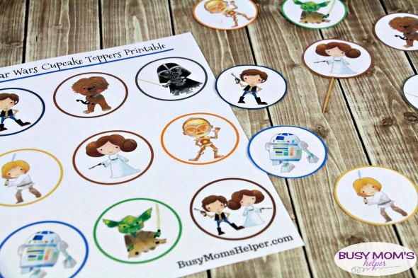 Star Wars Printable Cupcake Toppers #printable #freeprintable #starwars #starwarsprintable #cupcaketoppers #starwarsparty #printablecupcaketopper