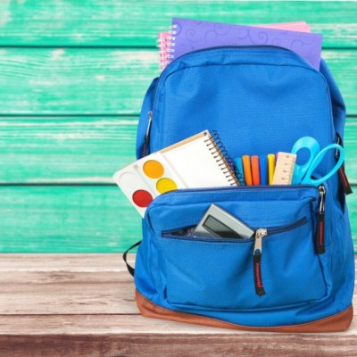 Tips to Save Money on Back to School Shopping #backtoschool #families #parenting #money