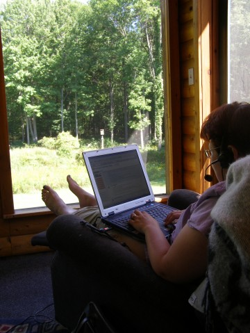 maria-outside-with-laptop