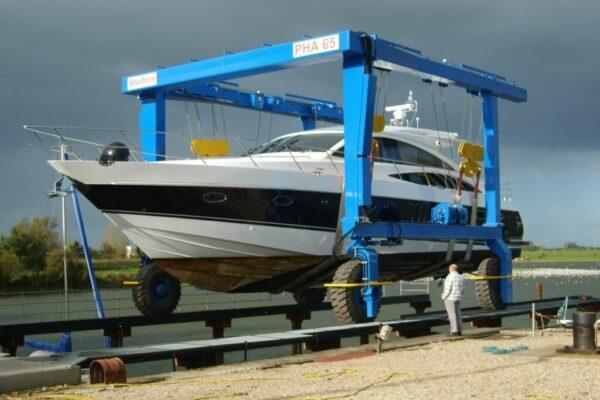 Roodberg-Boat-Handling-Travel-Lift-PHA65-4