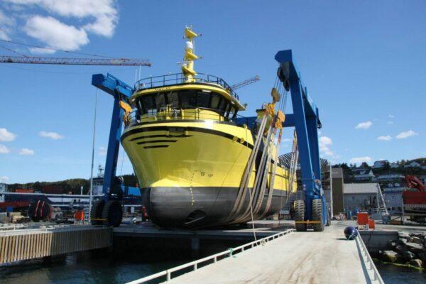 Roodberg-Boat-Handling-Travel-Lift-PHA300-2
