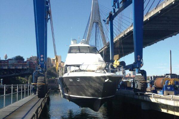 Roodberg-Boat-Handling-Travel-Lift-PHA100-2