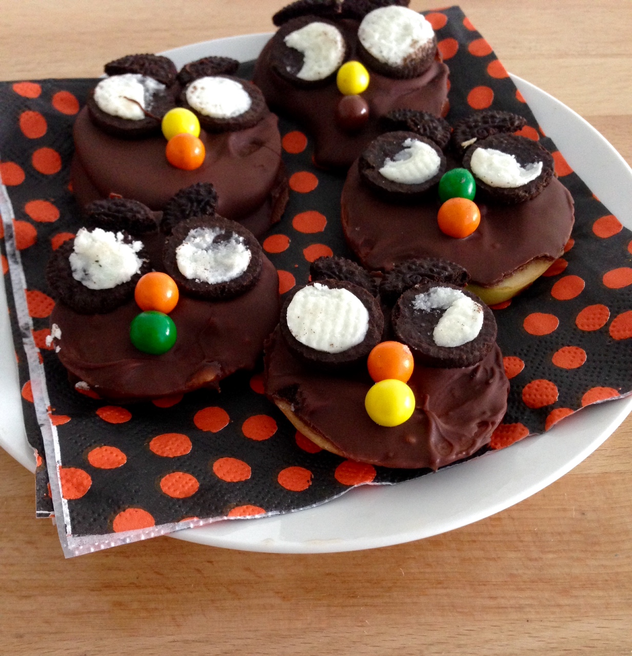 Chocolate Dipped Apple Slices Halloween