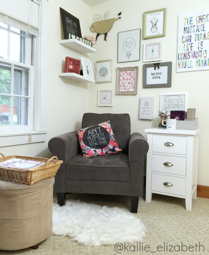 the-blog-corner-chair