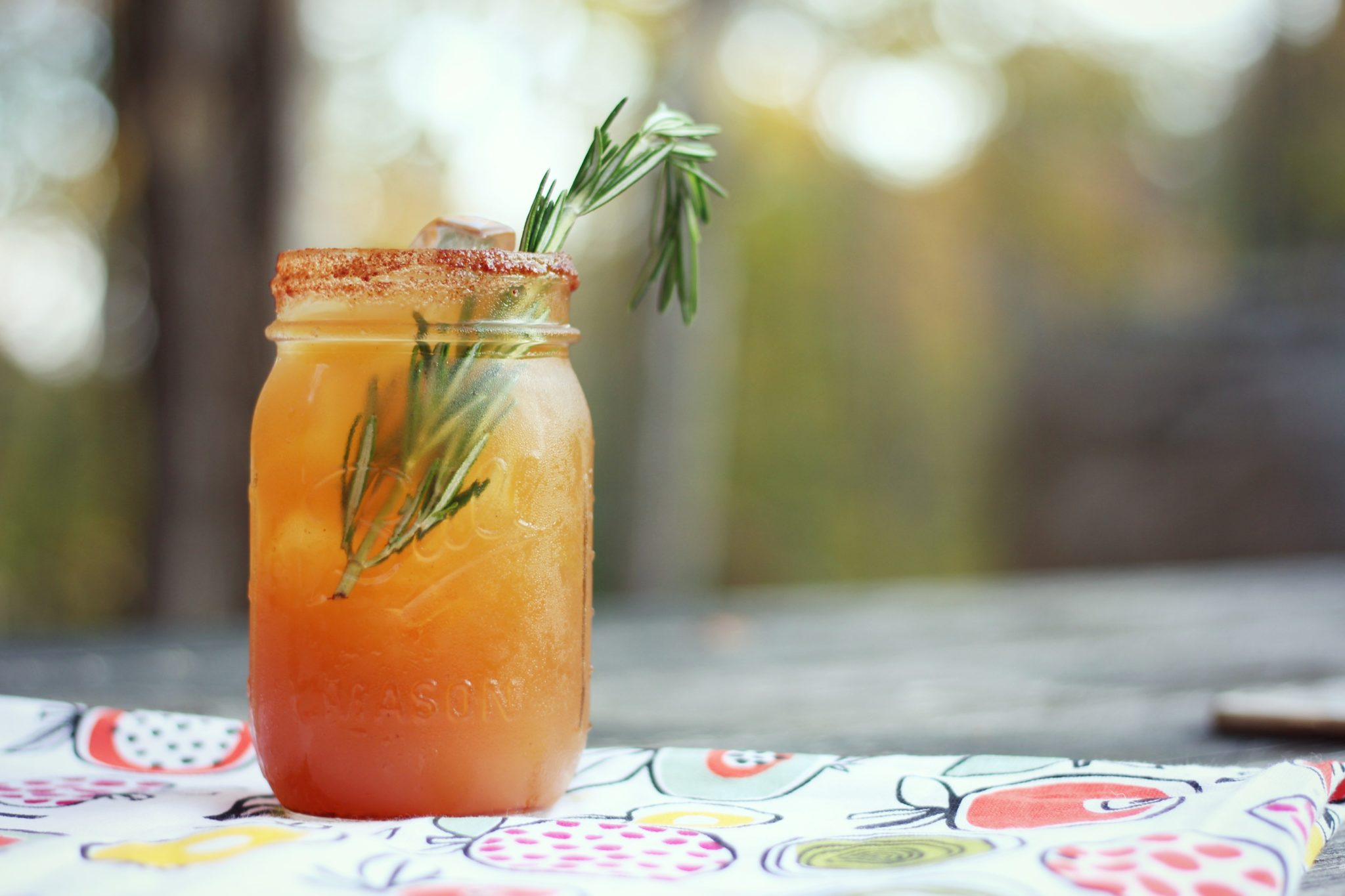 fall-cocktail-apple