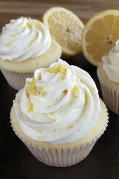 Fluffy and Smooth Lemon Cupcakes with Lemon Buttercream