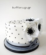 black-and-white-flower-cake1